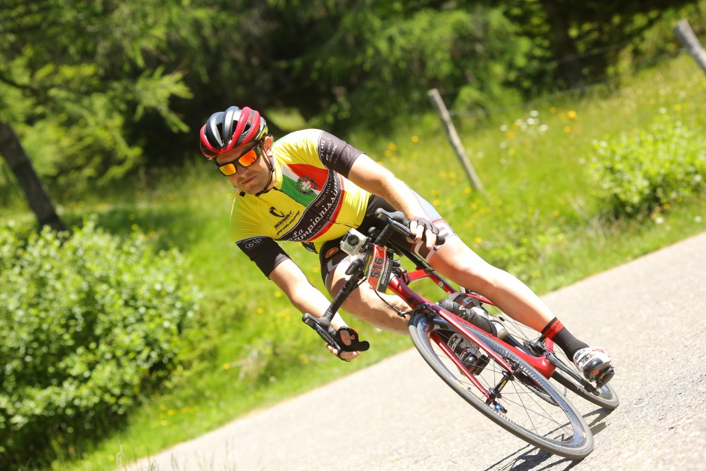 verhuizer boy mondial movers toertocht wielrennen