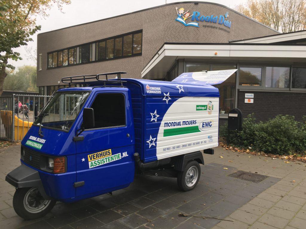 Verhuiswagen Mondial Movers APE