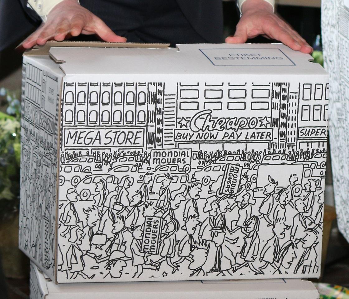 Geklurde verhuisdoos zwart-wit , kunstverhuisdoos 2016, mondial movers