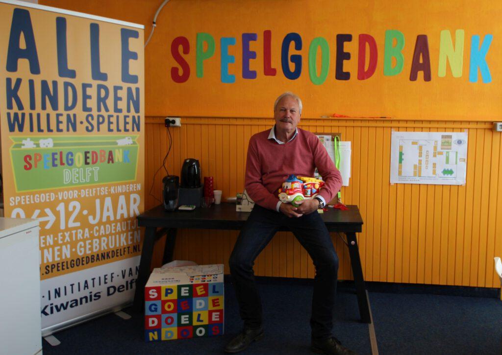 speelgoedbank Delft wordt bevoorraad door de Mondial Movers Foundation