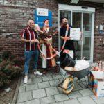 miMakker Tobi gaat namens de Mondial Movers Foundation langs bij zorginstellingen