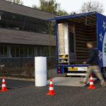 Verhuiswagen in gebruik Mondial Movers verhuizing, verhuiswagen