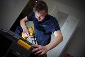 Mondial Movers handyman aan het werk, Handyman, verhuizer, verhuizing, Mondial Movers