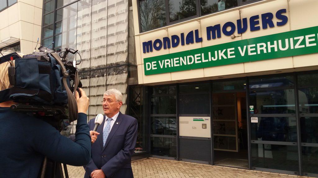 RTL Nieuws op bezoek bij Mondial Movers